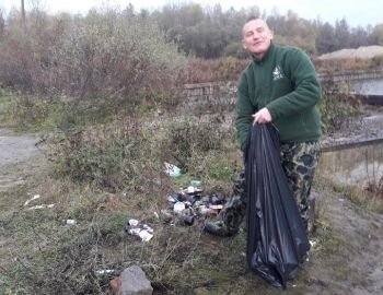 Akcja sprzątania wędkarzy Koła nr 12 - Port  Góra Kalwaria
